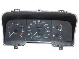 Нажатие кнопки сброса r приводит к обнулению показаний секундомера.